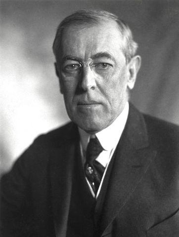 Woodrow Wilson gana elecciones