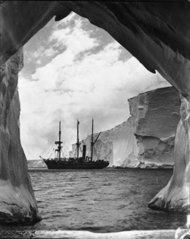 Sir Douglas Mawson setting out to Antarctica