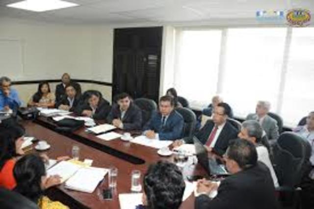 El Consejo Andino de Ministros de Relaciones aprueba el establecimiento de la Mesa de Trabajo sobre Derechos de los Pueblos Indígenas como instancia consultiva del SAI y la Estrategia Regional de Biodiversidad para los Países del Trópico Andino.