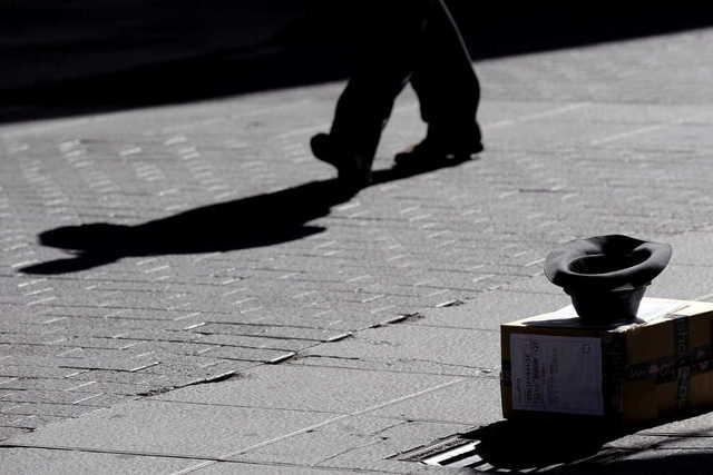 Consulta médica callejera - atención a personas sin hogar