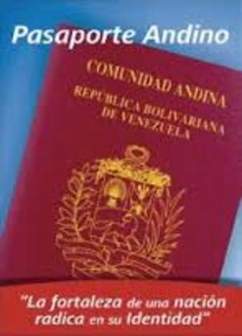 El uso del Pasaporte Andino se hace realidad en los 4 países de la CAN cuando Colombia comienza a expedir este documento con características similares a los de Bolivia, Ecuador y Perú.