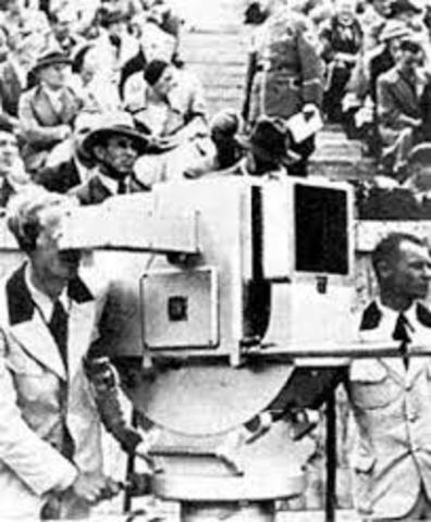 El gobierno nazi usa la nueva tecnología de la televisión