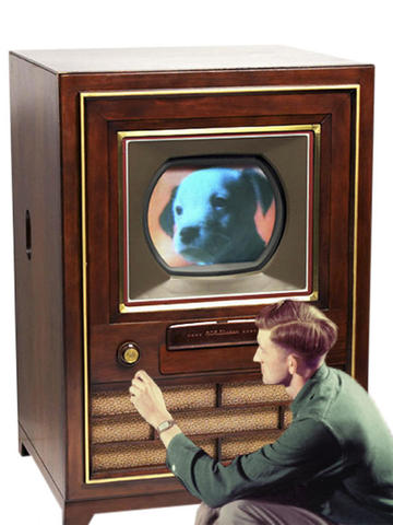 RCA lanza el primer televisor a color