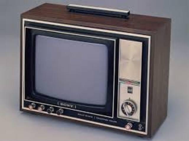 Sale la norma de la interfaz paralela para la conexión de equipos digitales.