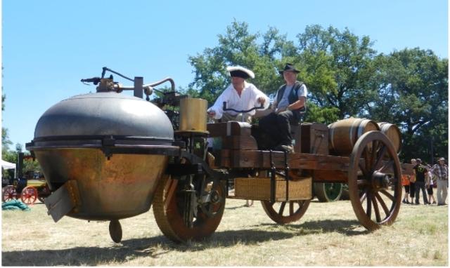 El primer vehículo a vapor