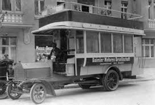 Primer autobus de pasajeros