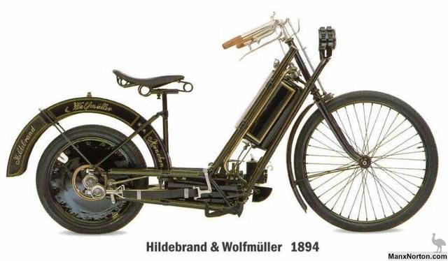 Primera motocicleta fabricada en serie