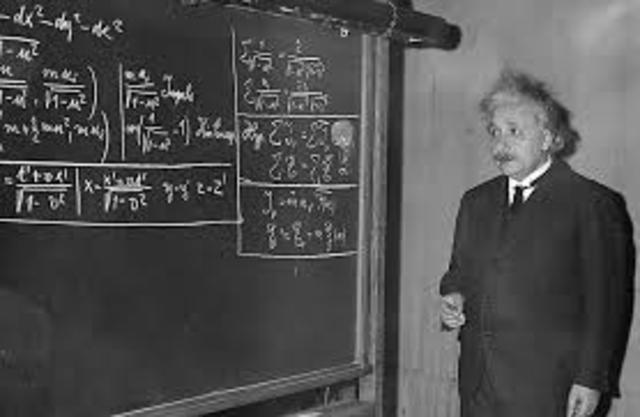 Publicación de la Teoría de la Relatividad General: