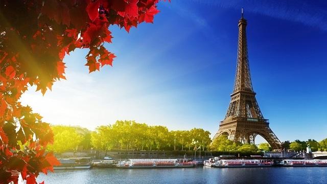 Francia comienza