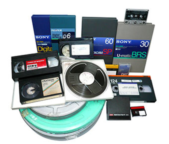 Se crean los formatos D2 y D3 que digitalizan la señal compuesta de vídeo. Fueron formatos de tránsito.