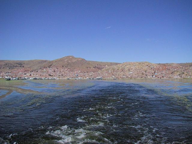 Se subleva la población minera de Laicacota.