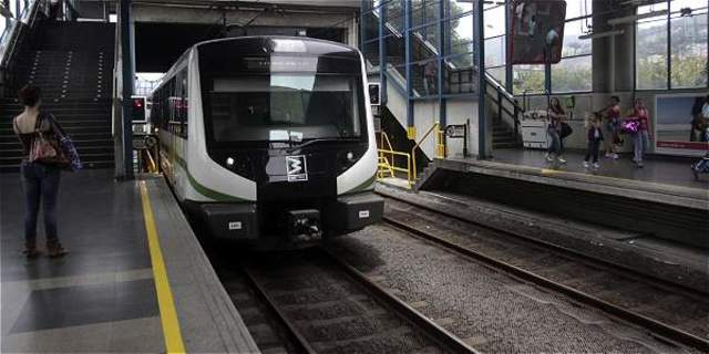 Cionstrucción Metro Medellín.