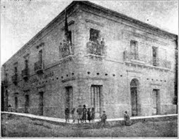 LA CIUDAD A COMIENZOS DEL SIGLO XIX