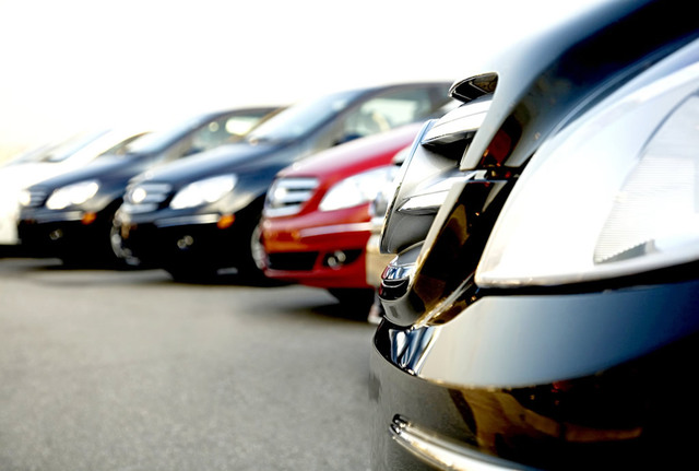 Reglamento de agencias de viajes y Reglamento de arrendadoras de automóviles