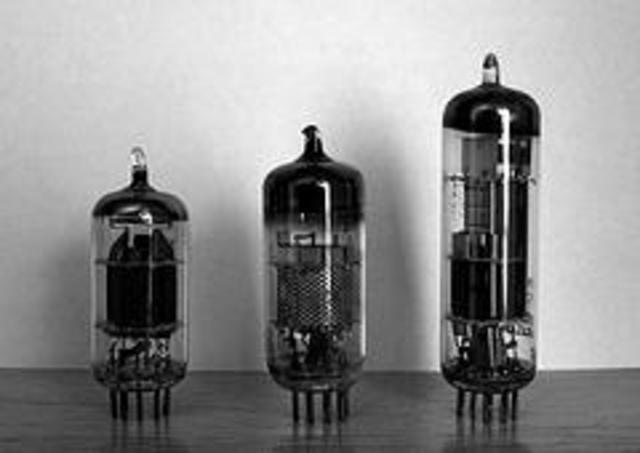 1ª Generación Válvulas electronicas