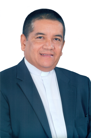 Padre Huberto Gil