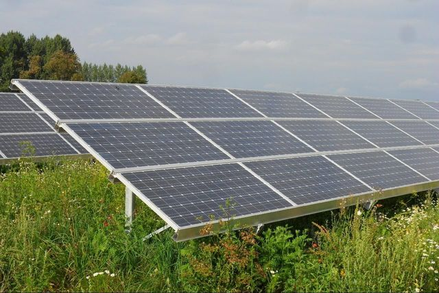 First Practical Silicon Solar Cell is Demonstrated