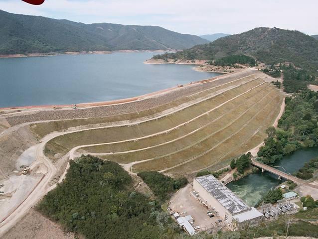 The construction of Lake Eildon