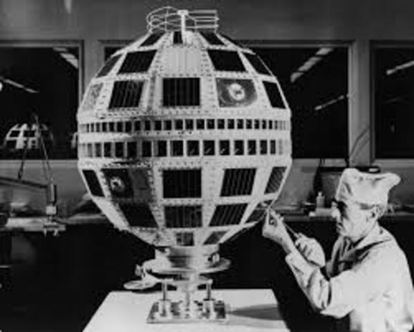 Lanzamiento de satélite para la comunicación Telstar