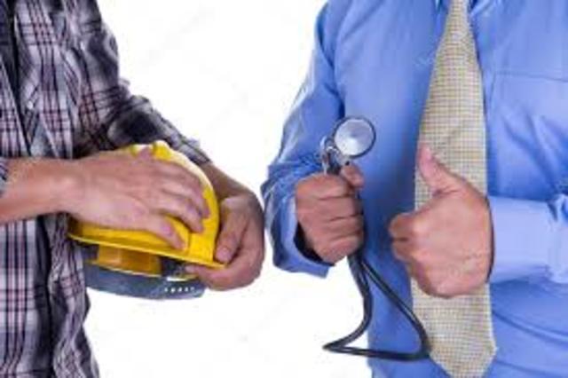 Reunión de médicos e ingenieros