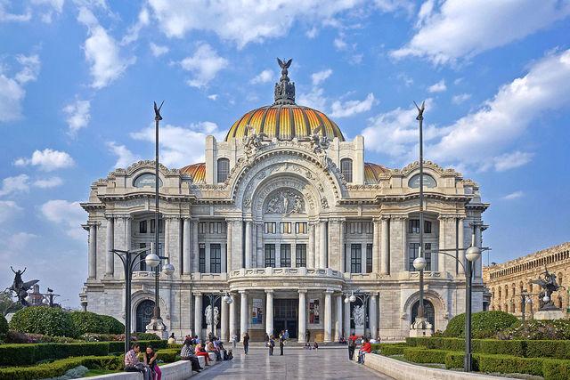 PALACIO NACIONAL DE BELLAS ARTES - MEXICO