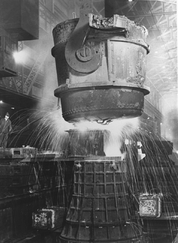 Russian Labor Leaders Tour Steel Mills