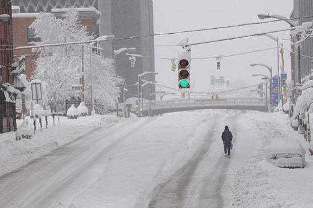 15-inch Snowfall Hits Pittsburgh