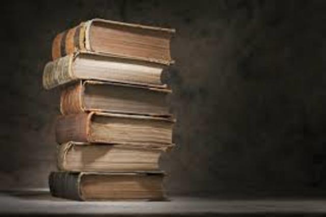 Publicaciones de 2 libros