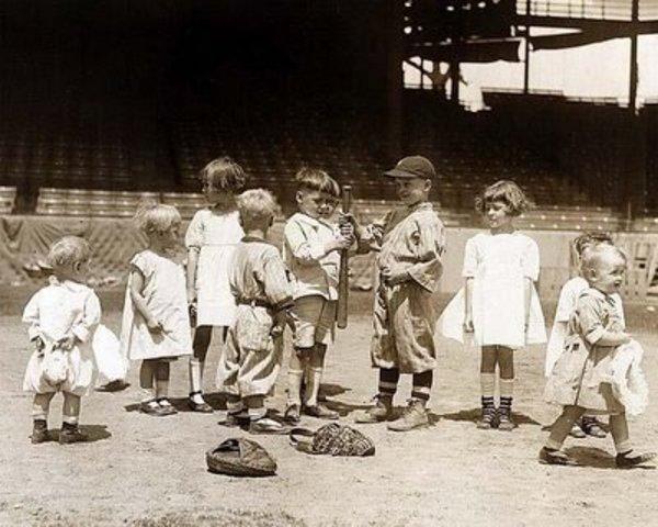 Grandpa Cicco Learns Baseball