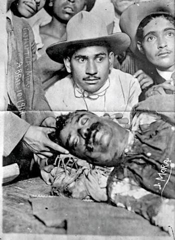 Emiliano Zapata es acribillado por Guajardo