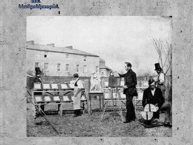 1835: HENRY TALBOT INVENTA LA FOTOGRAFIA DEL CALIOTIPO