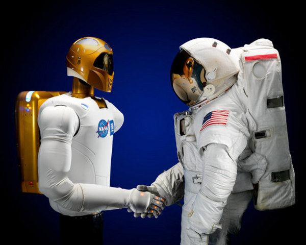 Robot humanoide astronauta.