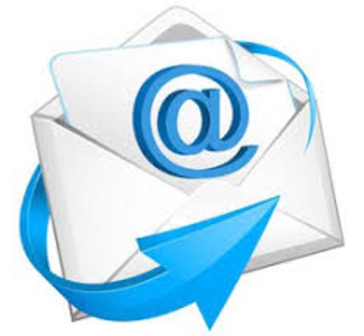 Появилось первое приложение - электронная почта