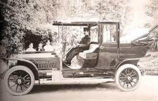 Auto con neumático de aire