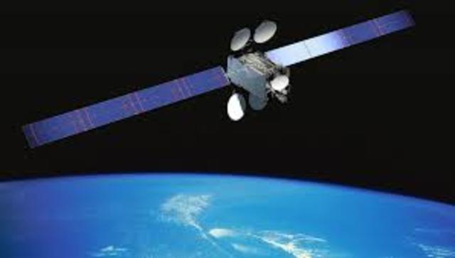 Primer satélite en órbita geoestacionaria