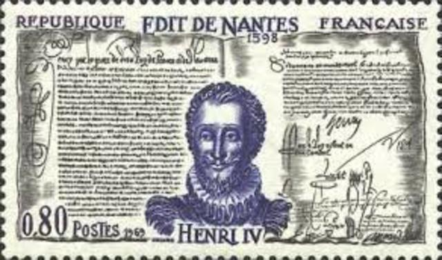 King IV of France issued the Edict of Nantes