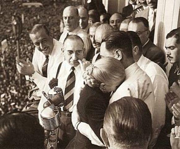 Triunfa Perón y asume su segunda presidencia