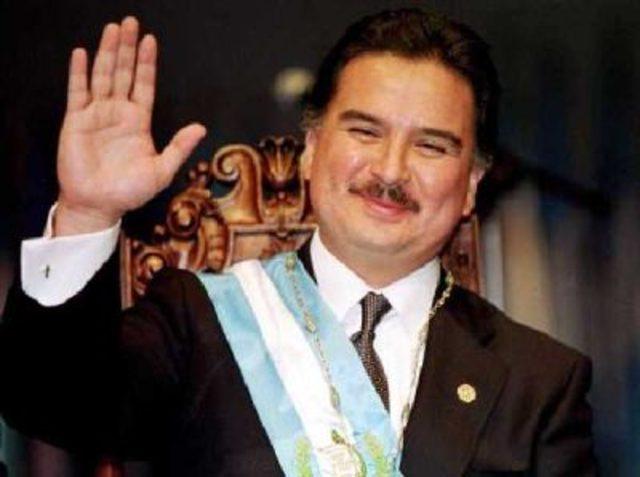 Lic. Alfonso Antonio Portillo Cabrera (2000-2004)