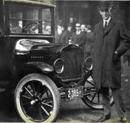 Henry Ford Línea de Ensamble Móvil