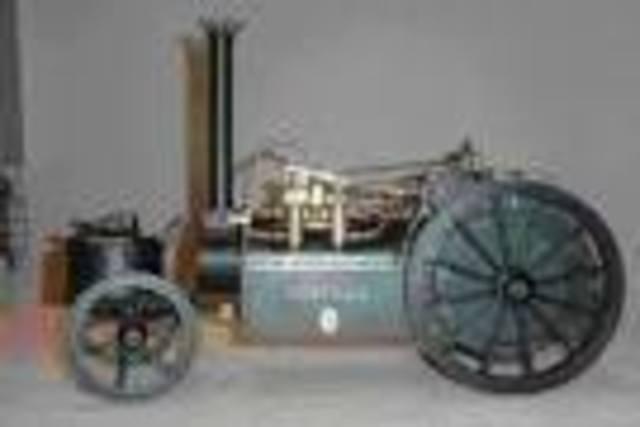 primer motor a explosion