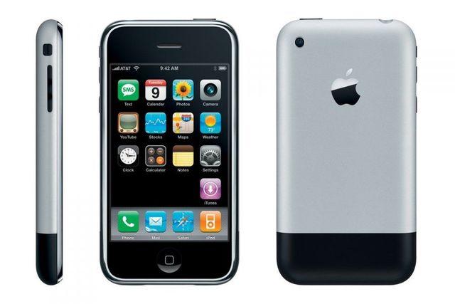 Primer iPhone.