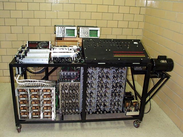 The first programmable computer