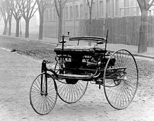 The first car with an internal combustion engine