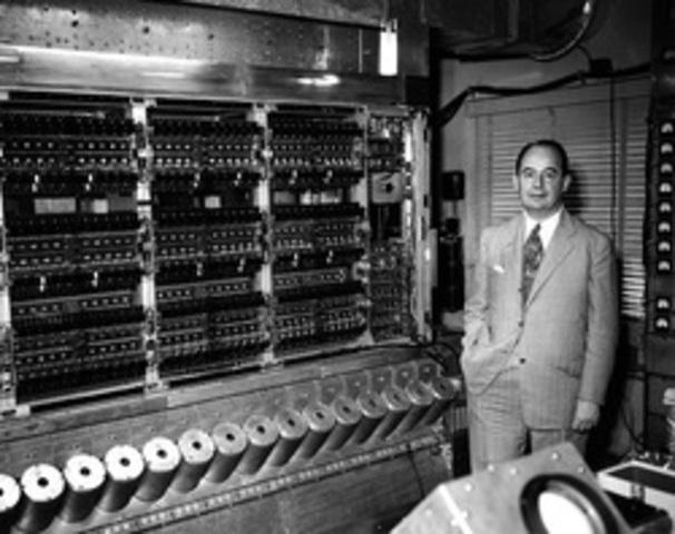 Modelo de John Von Neumann