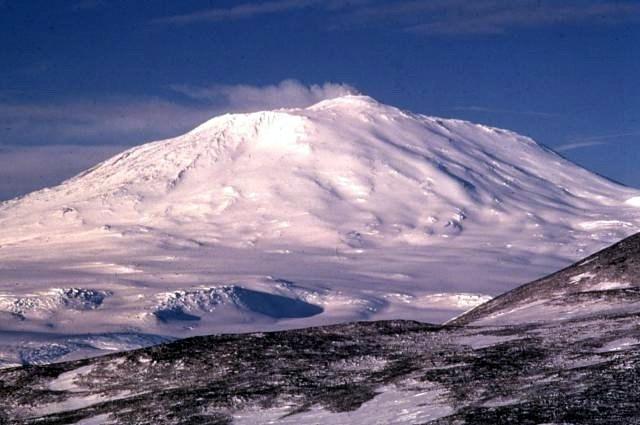 Volcano and Ice Shelf discovered