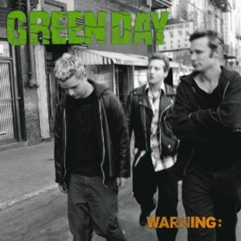 """Sale su sexto álbum """"Warning"""""""