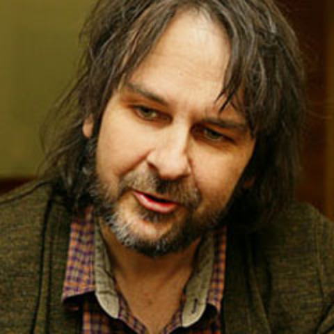 Peter Jackson announced as director, Hobbit greenlit for filming in 3D