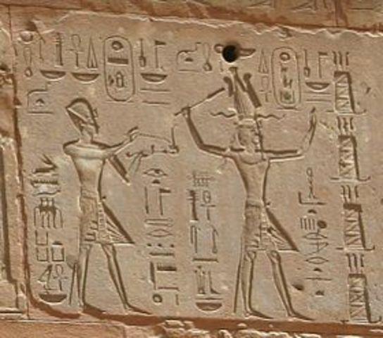 Toetmozes breidt Egypte uit.