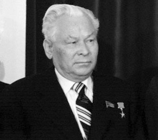 6.- Kostantin Chernenko