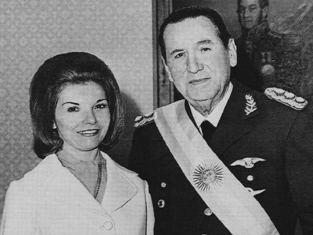 Perón asume por tercera vez